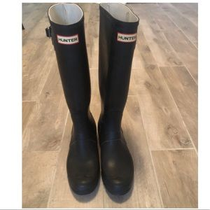 HUNTER Classic Tall Boot in Black size 10